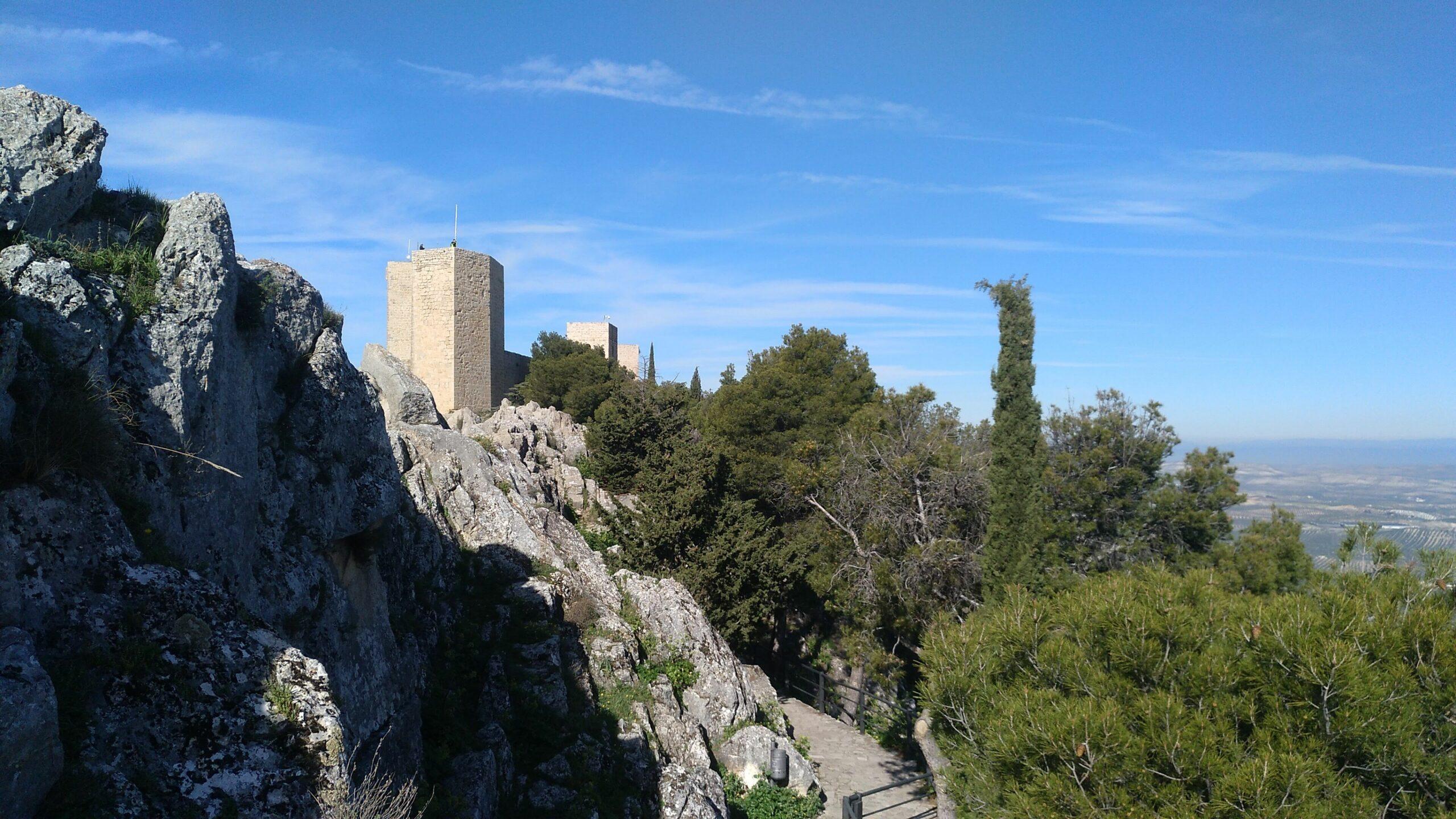 castillo desde Cruz scaled